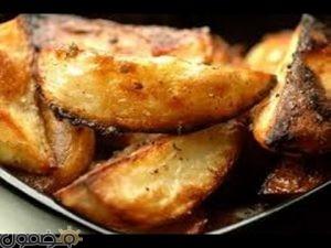 بطاطا 300x225 طريقة عمل البطاطا المشوية على الفحم