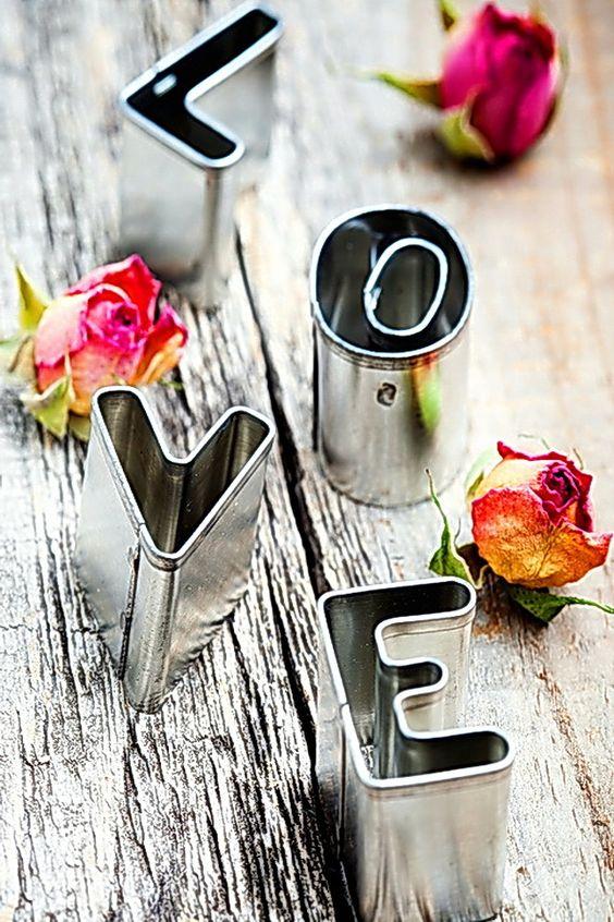 صور بحبك خلفيات صور بحبك رومانسية عبارات حب أجمل بوستات