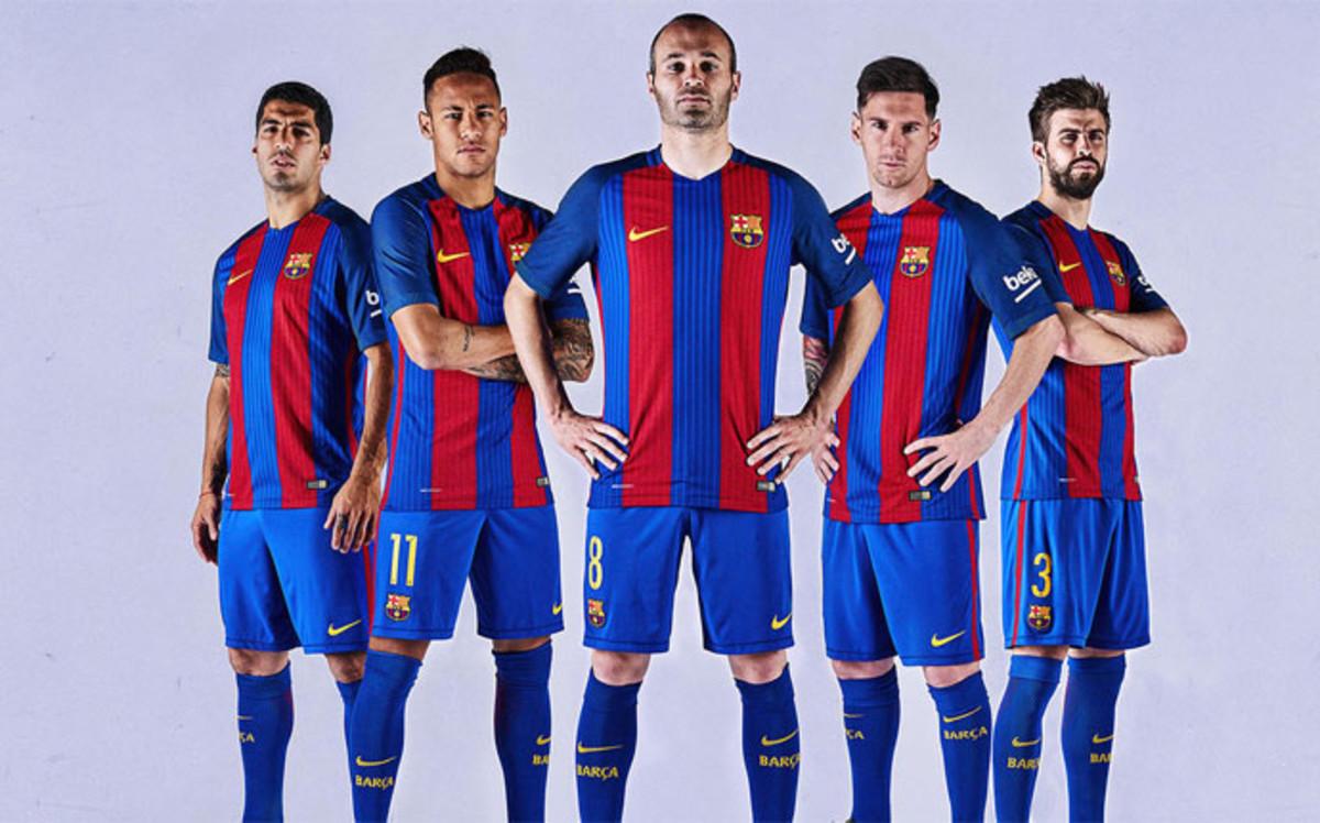 صور برشلونة 11 صور برشلونة الاسبانى معلومات عن افضل فريق فى العالم