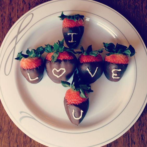 صور رومانسية فراولة صور رومانسية كيوت للعاشقين حب كبير