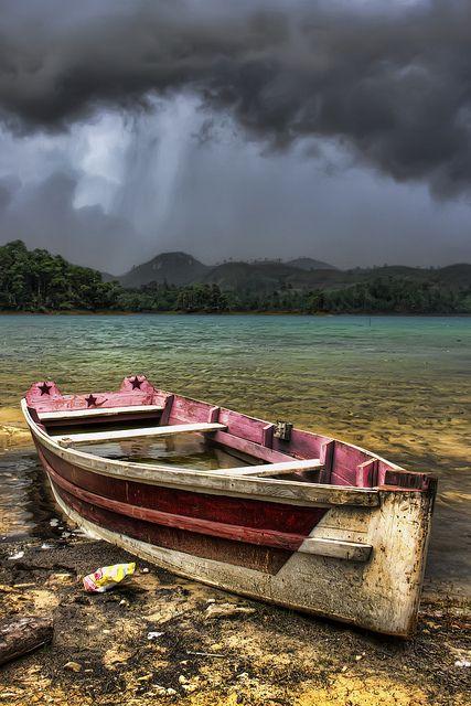 صور مناظر طبيعية قارب صور مناظر طبيعية خلفيات كمبيوتر وجوالات رائعة