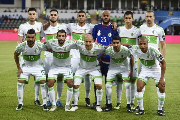 صور منتخب الجزائر 15 صور منتخب الجزائر خلفيات المنتخب الجزائري