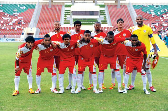 صور منتخب عمان (8)