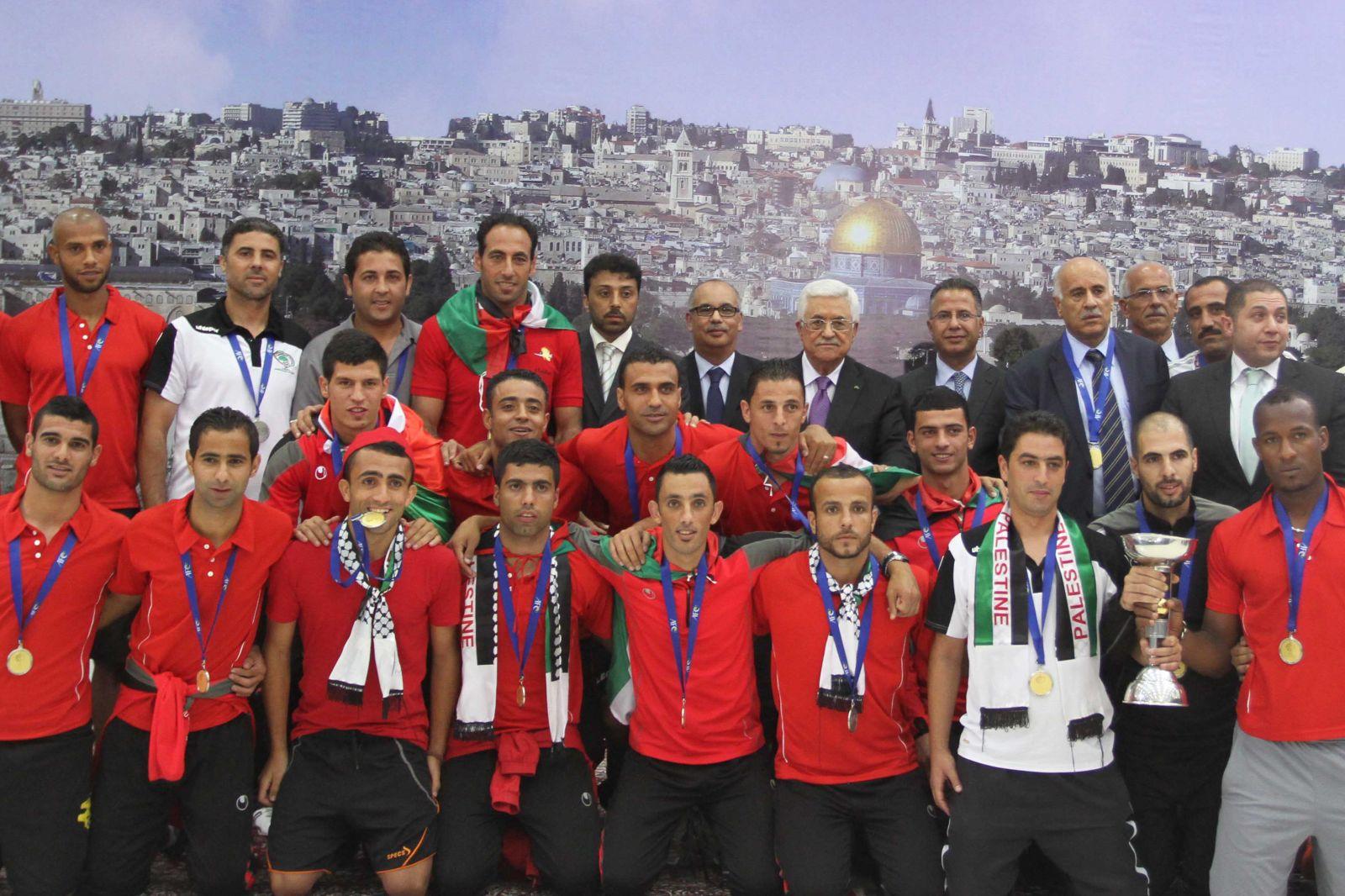 صور منتخب فلسطين 8 صور منتخب فلسطين خلفيات المنتخب الفلسطيني