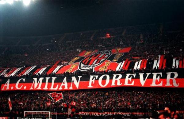 صور ميلان 4 صور ميلان الايطالي الفريق القوي ومعلومات عن النادي