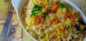 طريقة عمل رز هندي 300x143 كيفية اعداد الرز الهندي بالبهارات