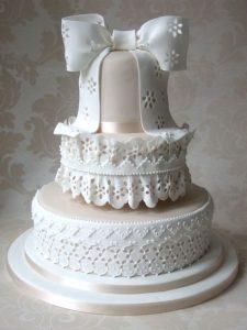 تورتة للزفاف 225x300 صور تورتة عيد ميلاد الاهل والاحباب للفيس بوك