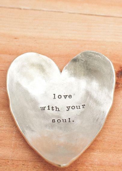 قلب حديد صور قلوب رومانسية للفيسبوك و للتصميم غاية الروعة