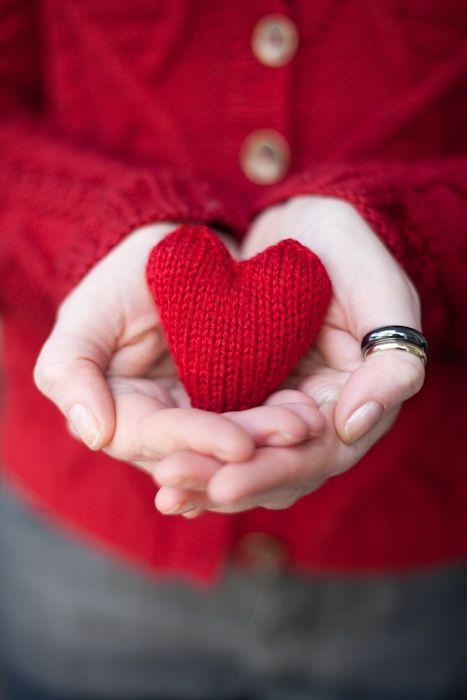 قلب ويد صور قلوب رومانسية للفيسبوك و للتصميم غاية الروعة