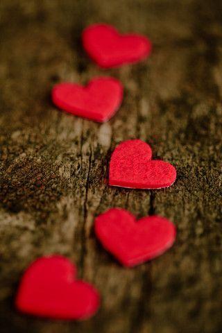 قلوب حمراء جديدة صور قلوب رومانسية للفيسبوك و للتصميم غاية الروعة